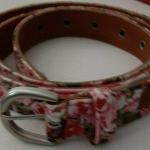 Aeropostale rose floral pink belt L cottage chic